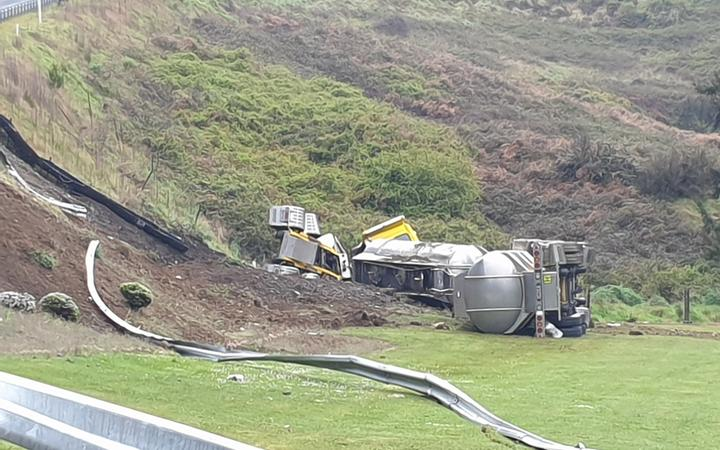 A a serious crash involving a truck on the Napier-Taupō highway.