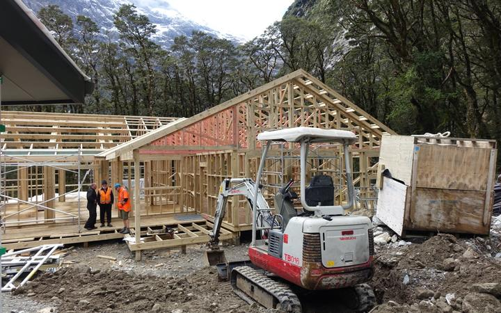 The new Mintaro Hut under construction on the Milford Track.