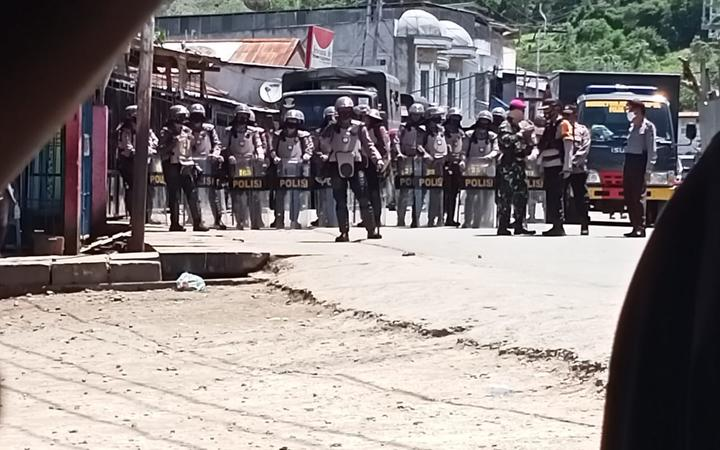 Indonesian police come out in force to disband to disband a West Papuan student demonstration against Special Autonomy in Papua. Waena, 27 October, 2020