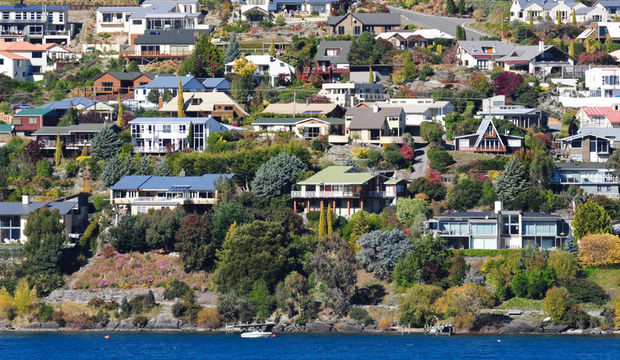 Queenstown by Lake Wakatipu