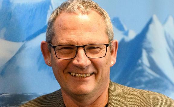 Professor James Renwick of Victoria University
