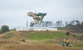 New Zealand motocross rider Courtney Duncan has claimed a second successive world title.