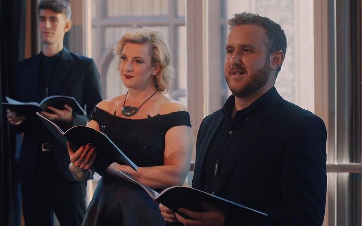 Whanau Voices of Aotearoa far from home  JONATHAN EYERS MADELEINE PIERARD JULIEN VAN MELLAERTS