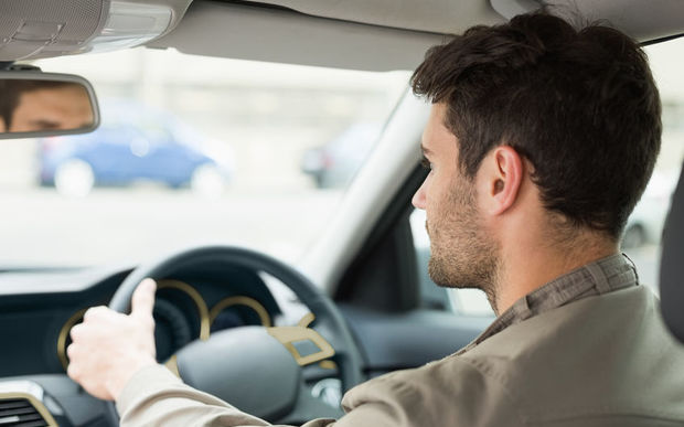 the risks that elderly drivers present on our roads Locals are dying on our roads contributing to higher risk on country roads and older vehicles, research shows that driver behaviour is still the.