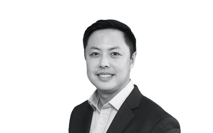 Dr David Feng of Cannadoc Health
