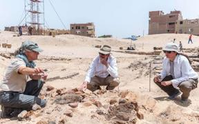 Archaeologists return to the brewery site at North Abydos in 2018.