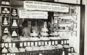 Eileen Faulkner's cake store opened up in the Auckland suburb of Ōtāhuhu in 1965.