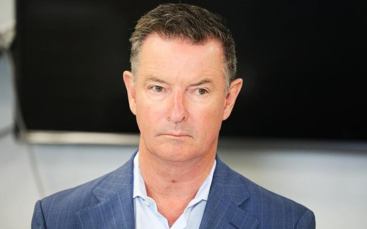Ports of Auckland CEO Tony Gibson is facing calls to resign after an indepedent report criticised workplace health and safety protocols as inadequate.