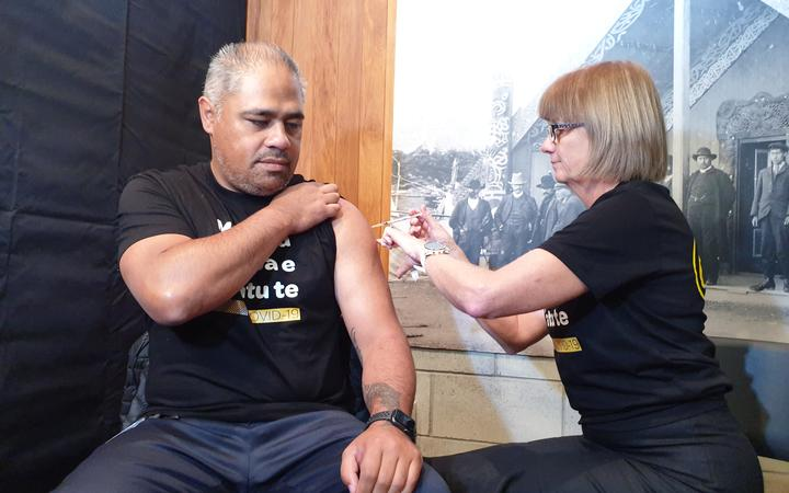 Associate Minister of Health Peeni Henare receives Covid-19 vaccine, Porirua, April 7, 2021.