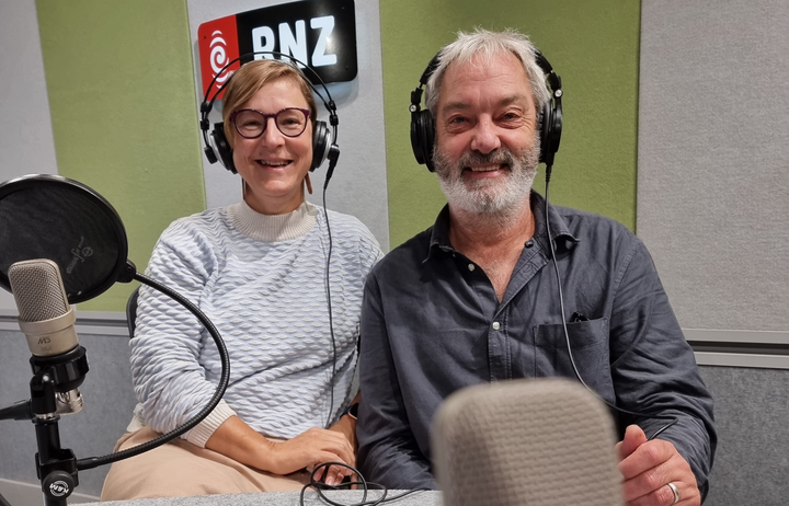 Dr Merja Myllilahtia and Dr Greg Treadwell from the AUT's Centre for Journalism, Media and Democracy.