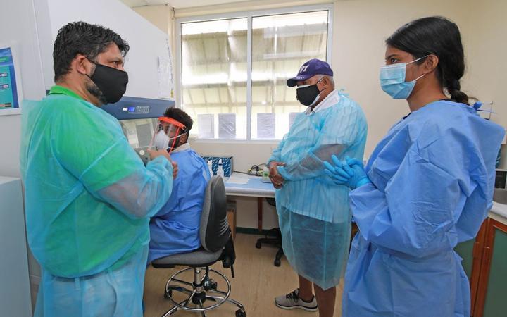 Fiji's Attorney-General Aiyaz Sayed-Khaiyum and Prime Minister Frank Bainimarama visit Fiji's Centre for Disease Control.
