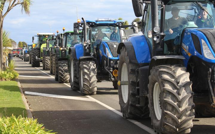 Tractors on the move in Southland.