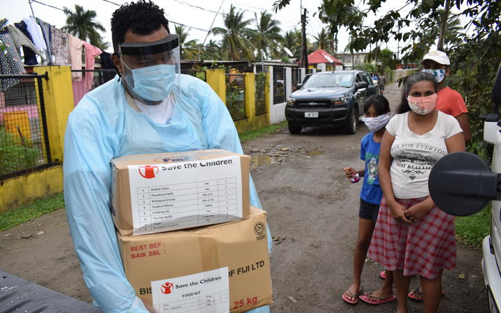 Fijian crisis: Groceries being taken to families in Viti Levu by Save the Children.
