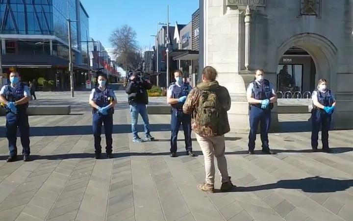 Police alignment on protest against lock-down in the Church Church.