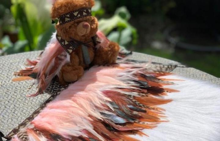 The kahu huruhuru donated for the newborn's burial.
