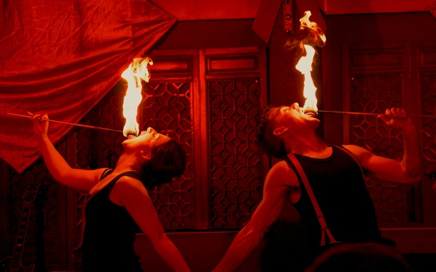 Lizzie Tollemache & David Ladderman fire eating