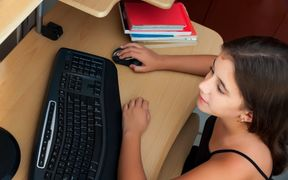 The government wants to let children enrol in online-only schools instead of going to regular schools.