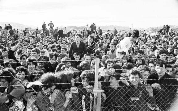 Crowd at Wellington Airport awaiting the arrival of The Beatles.