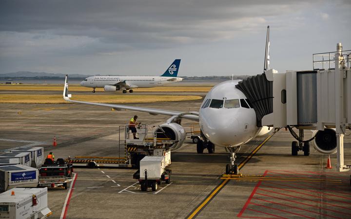 Immigration and tourism lift Auckland Airport profit