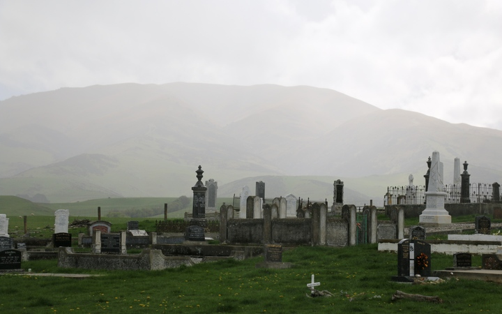 Drybread Cemetary, Dunstan Mountains, Central Otago