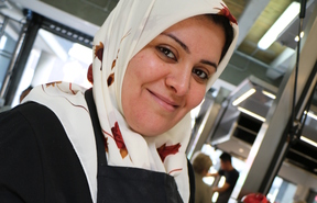 Hajar Mazraeh, Supervisor of Pomegranate Kitchen