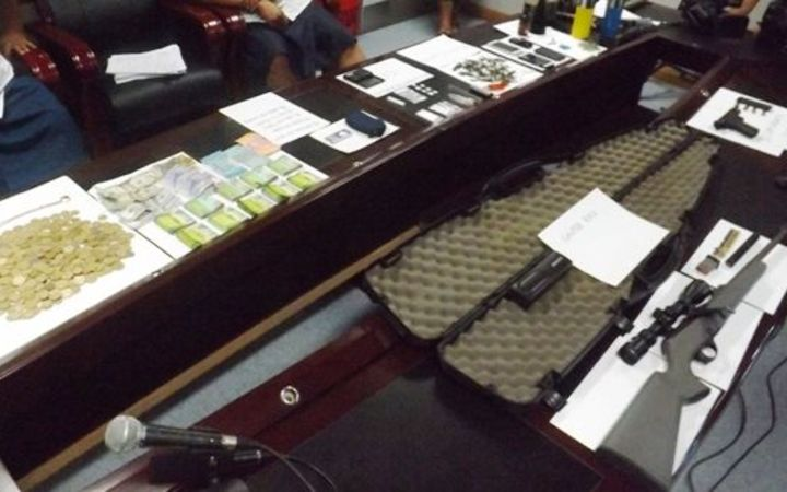 Samoa police raid uncovers weapons, drugs and cash.