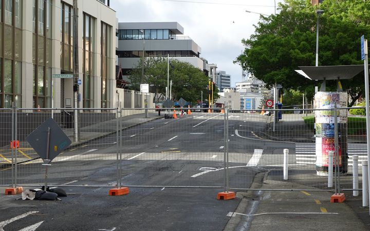 The cordon around quake-damaged Wellington buildings