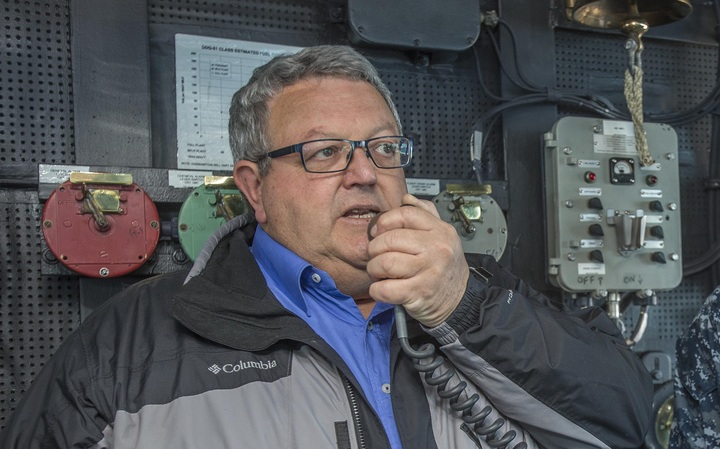 Acting Civil Defence Minister Gerry Brownlee thanks the crew of United States warship the USS Sampson, for their help in the earthquake response.