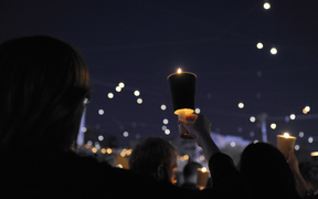 Hundreds of people participated in the candlelight vigil in the major cities of Australia in response to the death of 23-year-old Iranian man Reza Berati who died in a detention centre on Manus Island on February 18.