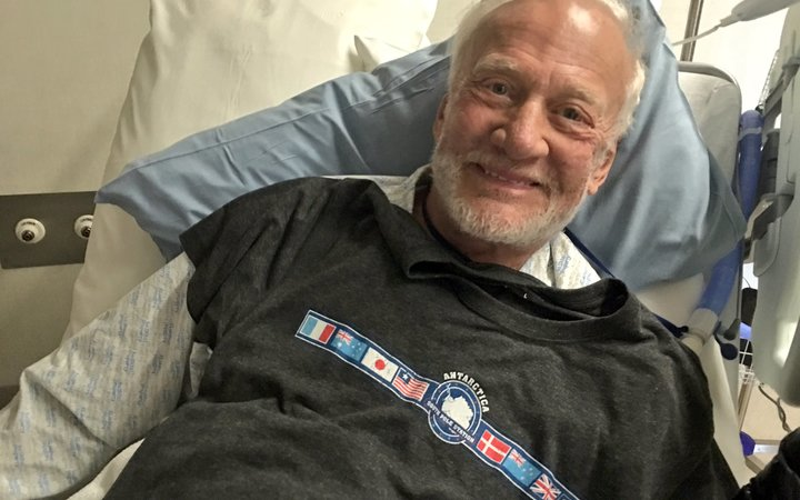 buzz aldrin world series commercial