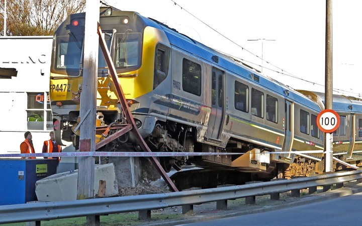A union says drivers have been concerned about the braking system of the Matangi trains.