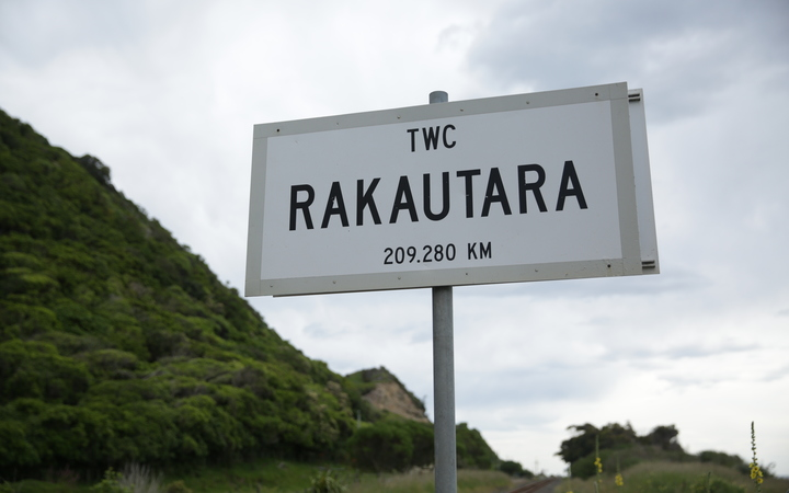 Rakautara is a small village north of Kaikoura, cut off between two large land slides.