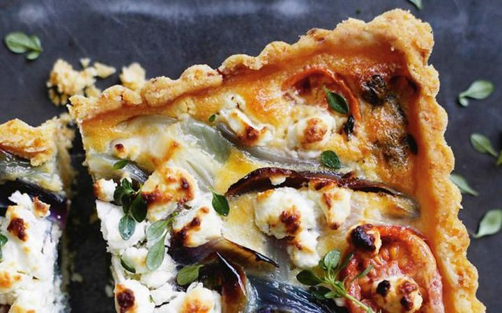 Tomato, onion and goats cheese tart