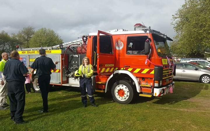Number of female firefighter recruits soar | RNZ News