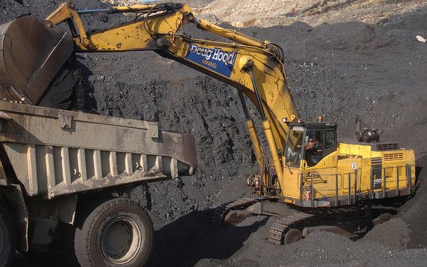 Digger loads up a truck at Stockton Coal Mine.