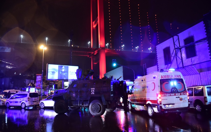 DE  man wounded in Istanbul attack played dead