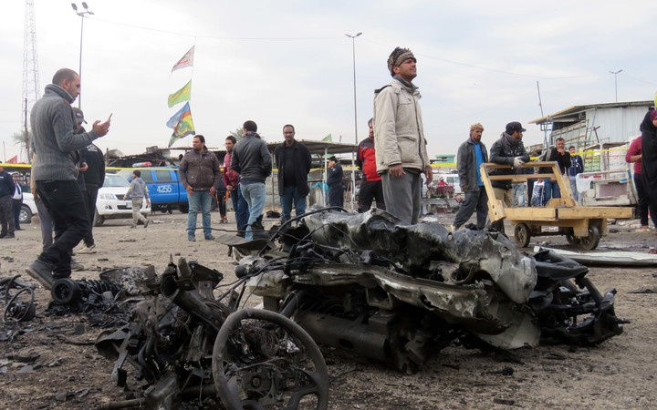 A car bomb in Baghdad killed 35 people and injured 61 others.