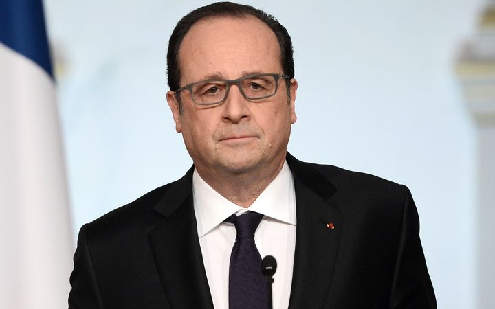 French President Francois Hollande has dropped plans to strip militants convicted of terror attacks of their French nationality.