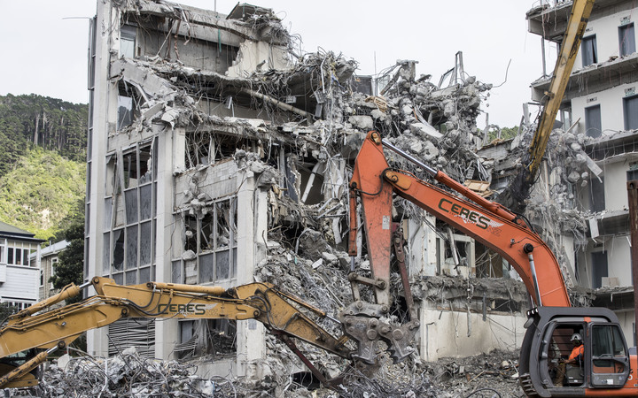 The building at 61 Molesworth St being demolished on Wednesday 21 December, 2016