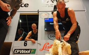 John Kirkpatrick shearing in the individual machine shearing final