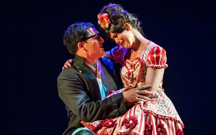 Jonathan Abernathy and Amelia Berry in The Mikado