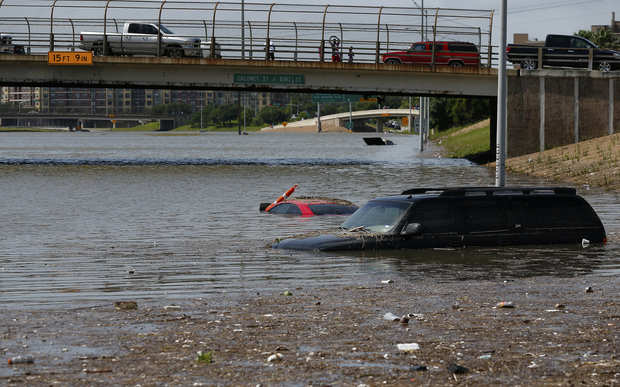 Vehicles left stranded on Texas State Highway 288 in Houston on 26 May.