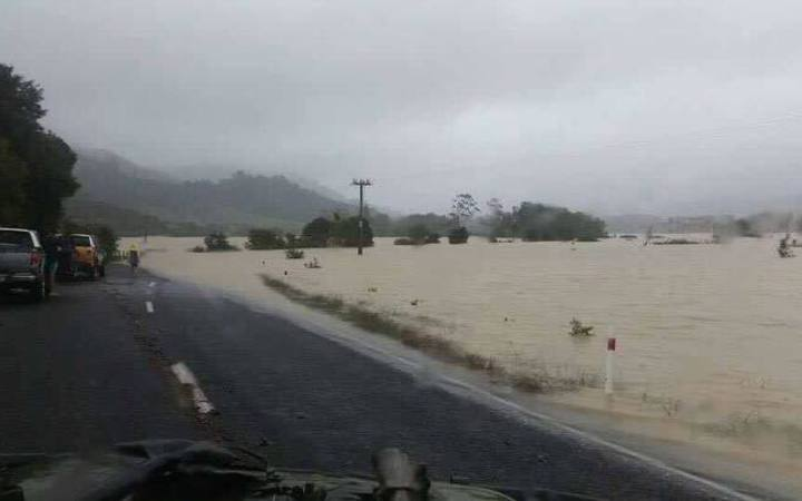 State Highway 25 between Kopu and Thames is now open to one lane
