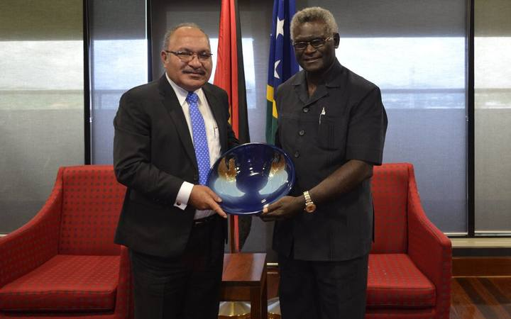 The MSG Chair and Prime Minister of Solomon Islands Manasseh Sogavare (L) and PNG Prime Minister Peter O'Neill (R)  at Sir Manasupe Haus.