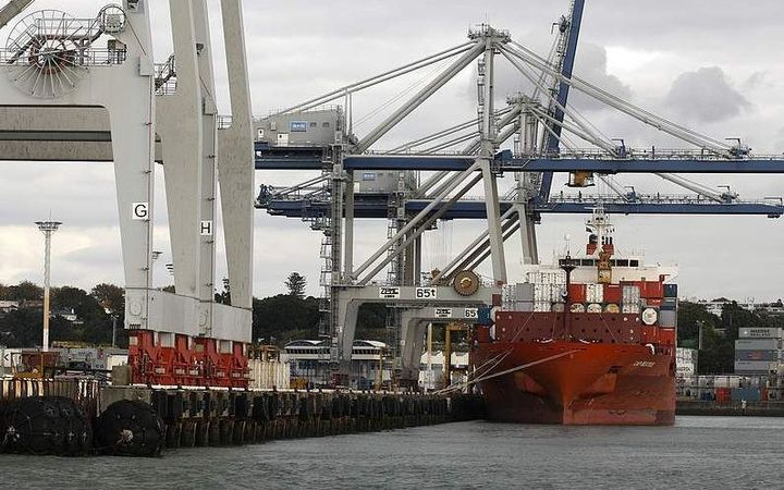 The port handled a record number of containers.