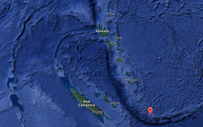 The red marker shows where Matthew and Hunter are in relation to Vanuatu and New Caledonia.