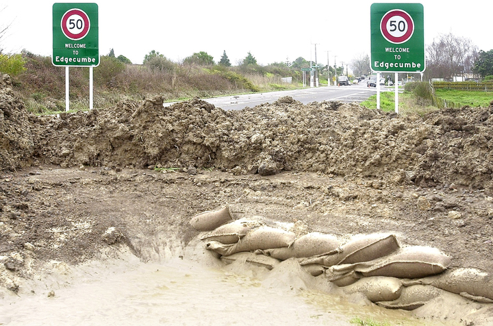 Flooding in Edgecumbe and the surrounding area in 2004 forced 3000 people from their homes.