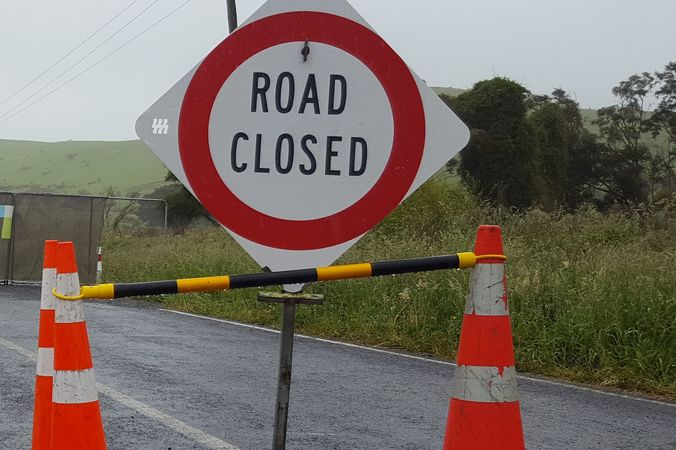 The road closed sign at the edge of the northern cordon around Kaikoura.