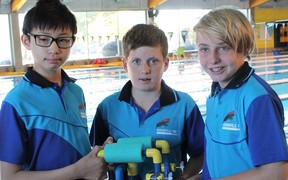 A team of three kids is taking on the USA in an underwater robot competition next month.
