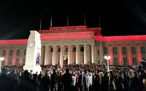 Crowds gather at Auckland's War Memorial Museum